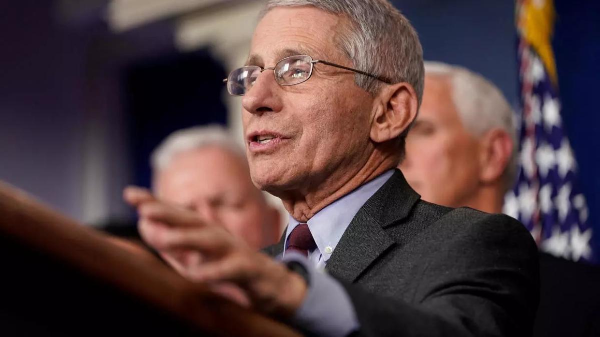 امریکی اعلی افسر کا انتباہ ،کورونا سے امریکہ میں ایک لاکھ ہلاکتوں کا خدشہ