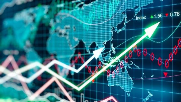 Sensex 300 अंक की बढ़त के साथ बंद, रिलायंस, ICICI बैंक में तेजी