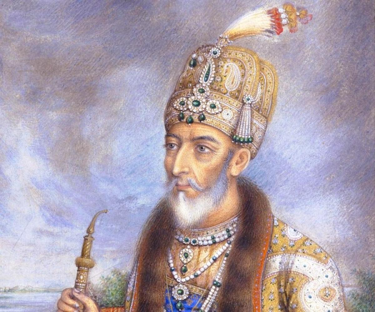 मुगल साम्राज्य के आखिरी बादशाह बहादुरशाह जफर ने गालिब को 'मिर्जा' की उपाधि से नवाजा था.