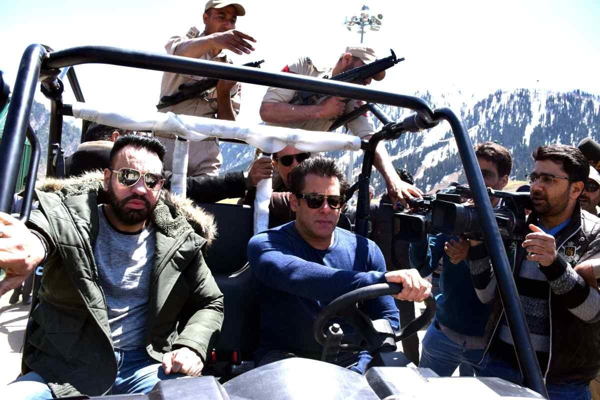 रेस 3 के बाद सलमान खान फिल्म भारत में काम करने वाले हैं