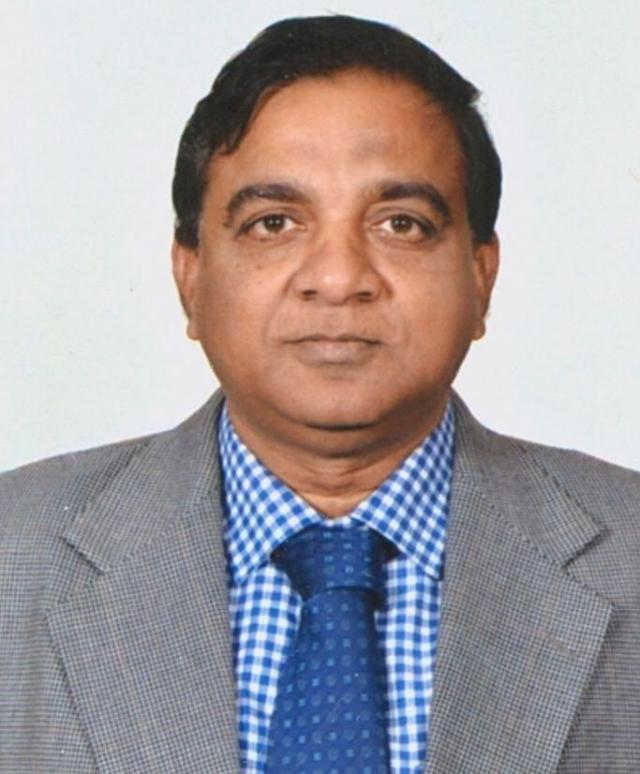हैदराबाद के मक्का मस्जिद बम ब्लास्ट मामले में फैसला सुनाने वाले जज रविंद्र रेड्डी ने इस्तीफा दे दिया है.