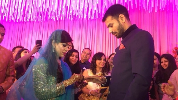 तेजप्रताप और चंद्रिका राय की पुत्री ऐश्वर्य राय की सगाई 18 अप्रैल को पटना के होटल मौर्या में हुई थी