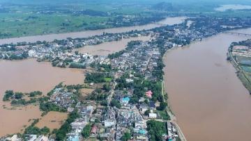 चक्रवात 'तितली': ओडिशा में राहत कार्य तेज, सहायता पैकेज का ऐलान