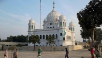 करतारपुर कॉरिडोर भारत-पाकिस्तान के लिए इतना अहम क्यों?