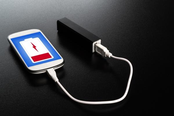 मोबाइल की बैटरी लाइफ बढ़ाने के सॉलिड तरीके
