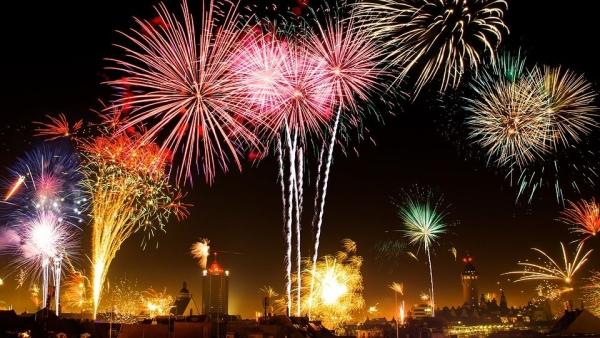 नए साल का जश्न कम बजट में कहां मनाएं?पूरी जानकारी यहां पढ़ें