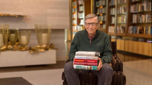 ये रहीं 2018 में बिल गेट्स की पसंदीदा किताबें,आप भी पढ़िएगा