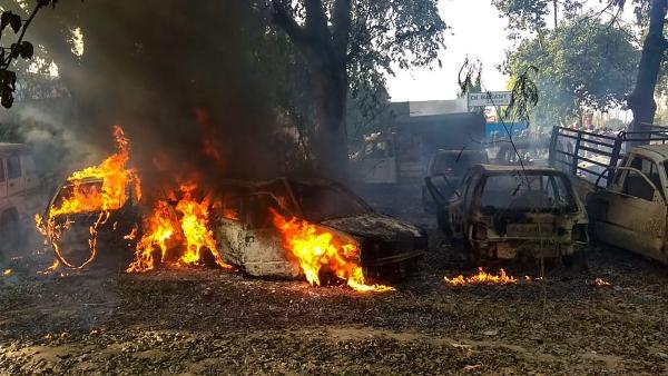 बुलंदशहर हिंसा में पुलिस का फोकस गाय मारने वालों को पकड़ने पर