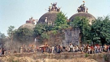 6 दिसंबर को गिराई गई थी बाबरी मस्जिद