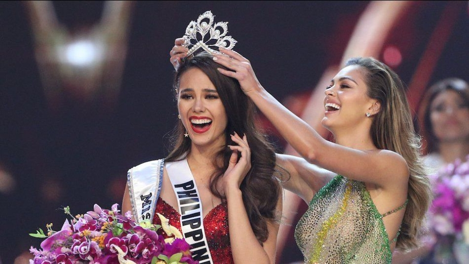 Image result for ये बनीं मिस यूनिवर्स - 2018