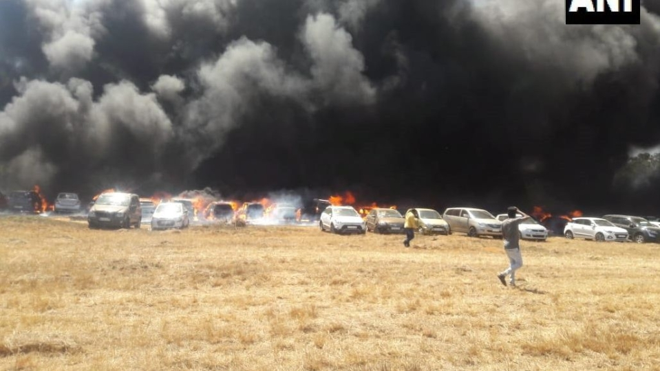 Image result for एयरो इंडिया शो के दौरान लगी आग