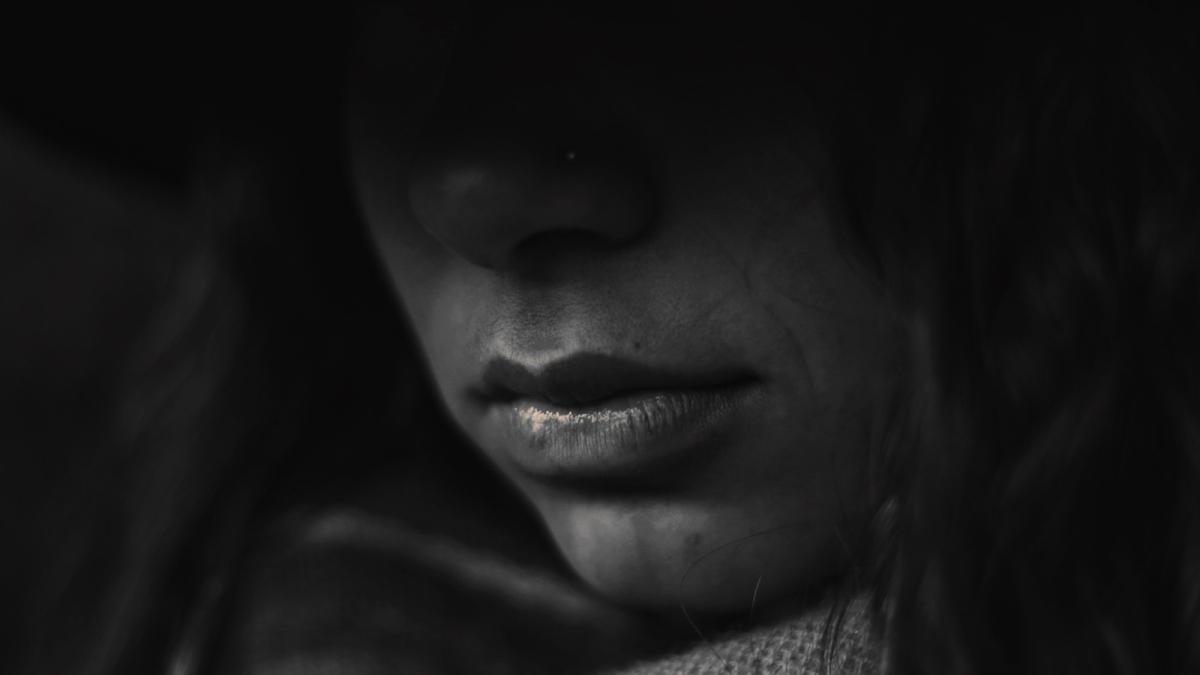 बलात्कार पीड़ित की मौत होने पर ही क्यों जागती है सरकार?