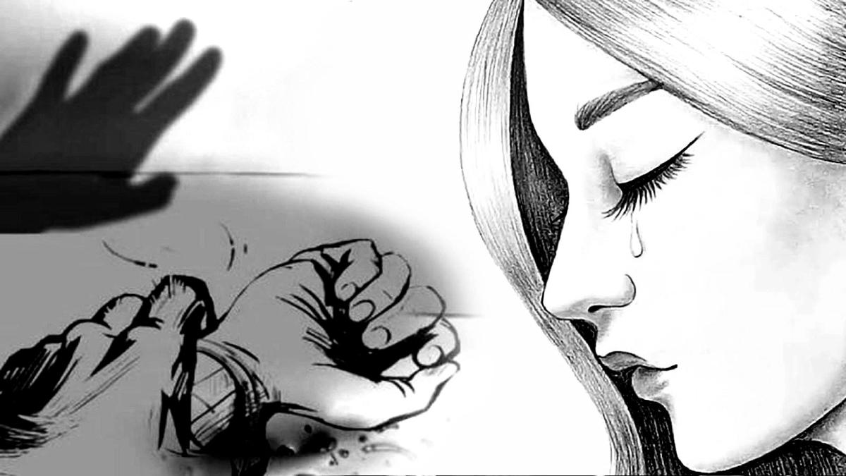 बलात्कारों पर नहीं लग रहा अंकुश, सहकर्मी ने युवती से किया दुष्कर्म