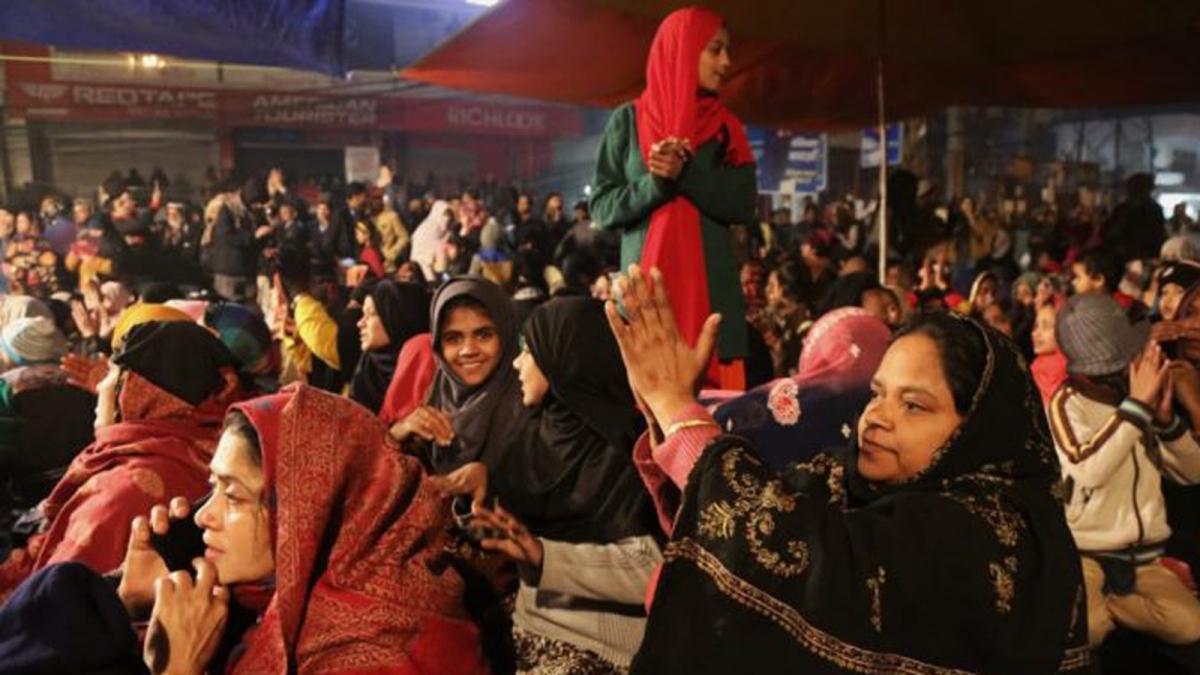 'केंद्र सरकार सीएए और एनआरसी वापस ले, हम घर लौट जाएंगे'