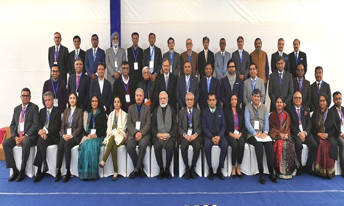 नीति आयोग में आज हुई प्रधानमंत्री की अर्थशास्त्रियों के साथ बैठक