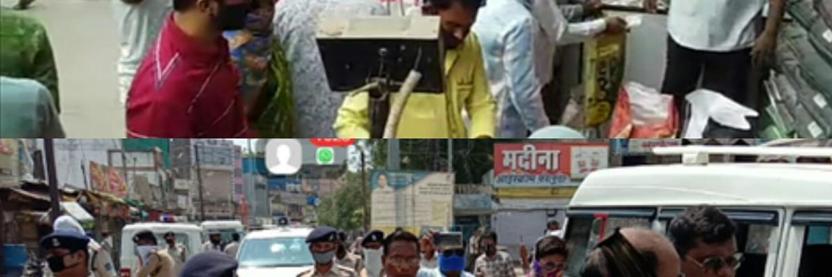 बुरहानपुर: छूट मिली तो उमड़ी हजारों की भीड़...
