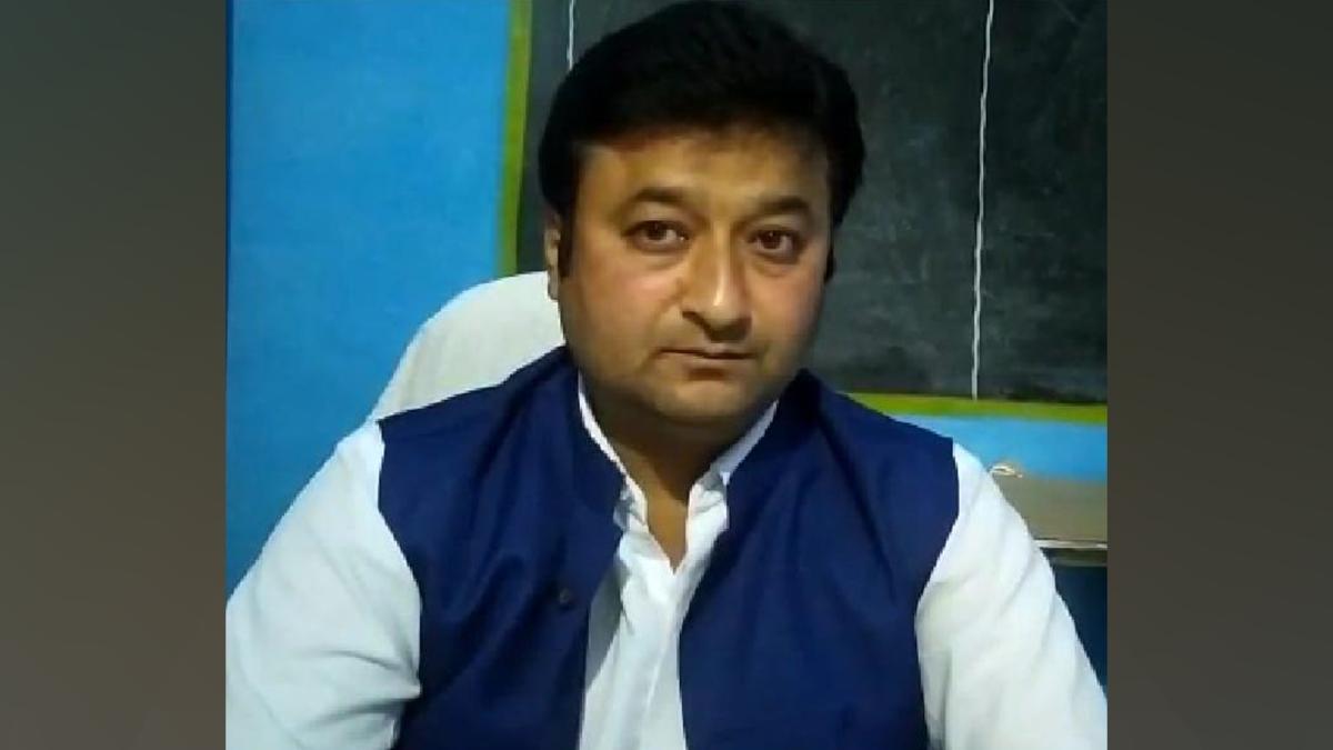 जिला शिक्षा अधिकारी के द्वारा बीआरसी को अपशब्द कहने का ऑडियो वायरल