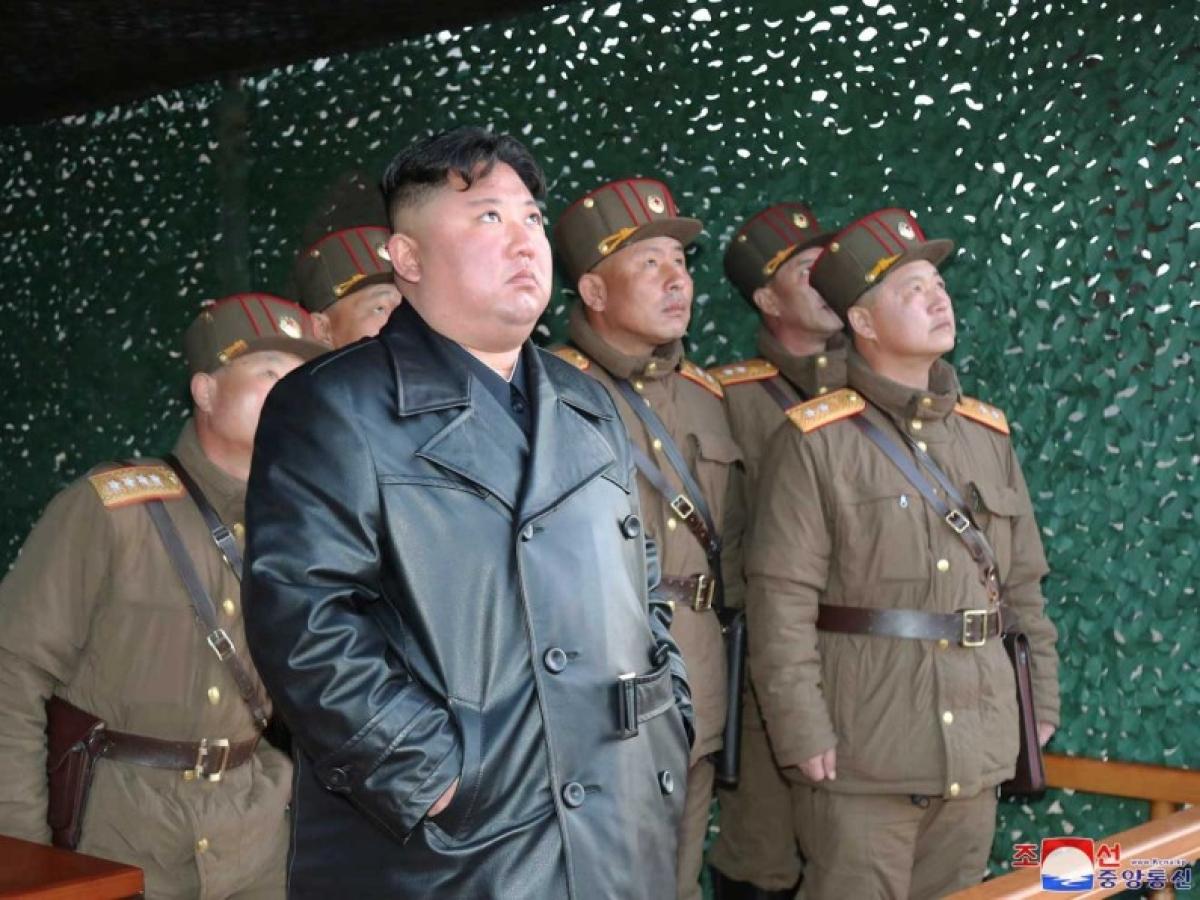 दुनिया को कोरोना वायरस का खौफ, नॉर्थ कोरिया कर रहा मिसाइल परीक्षण
