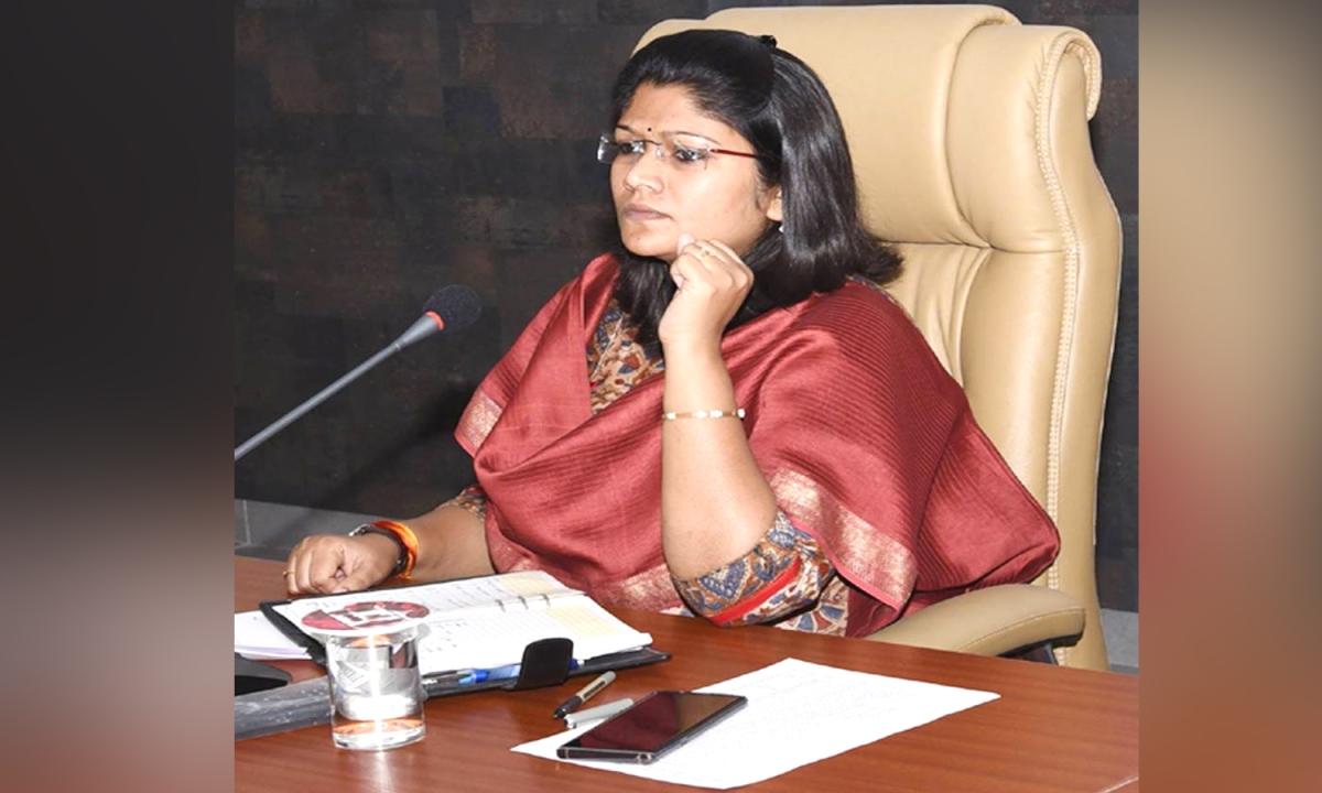 Ratlam Collector Ruchika Chauhan