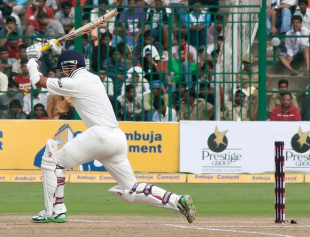 Dravid leaves the ball (Pulkit Sinha/Flickr)