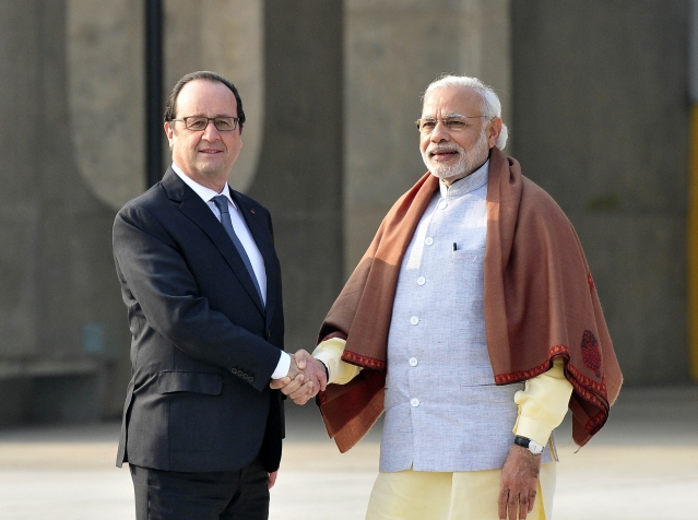 French President Francois Hollande and Prime Minister Modi in Chandigarh, India. (Photo by Keshav Singh/Hindustan Times via Getty Images)