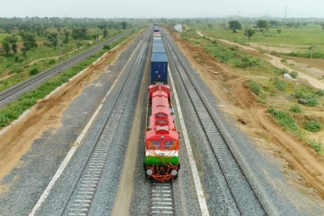 Indian Railways Turns Attention To The East Coast: Will Build 1,100 Km Long Freight Corridor Costing Rs 44,000 crore