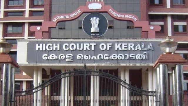 Sabarimala: HC Seeks Details Of Women Who Entered Shrine, Puts To Test Left Regime Claim That They Were 'Devotees'