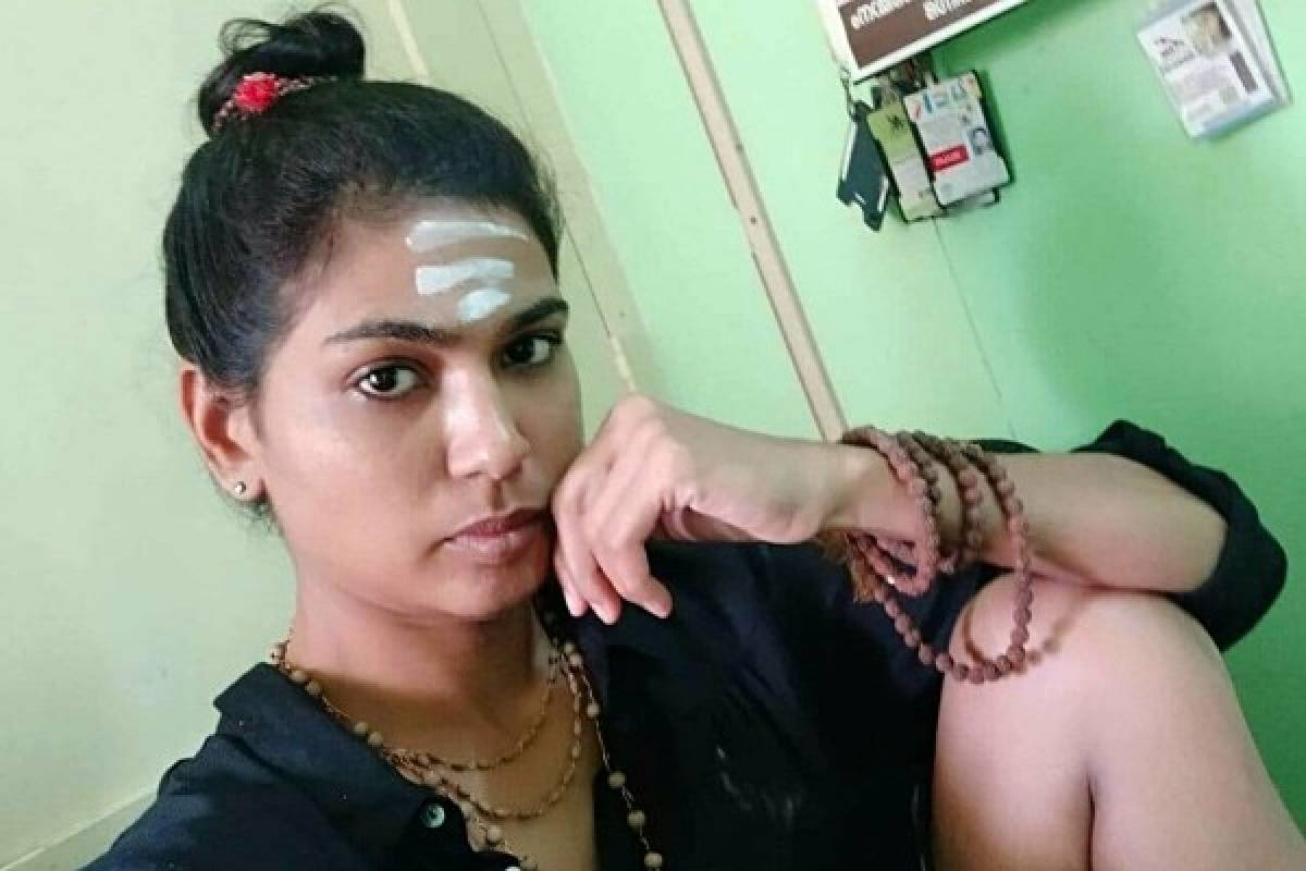 Kerala: 'Kiss Of Love' Activist Rehana Fathima Booked For Posting Video Of Her Kids Painting On Her Semi-Naked Body