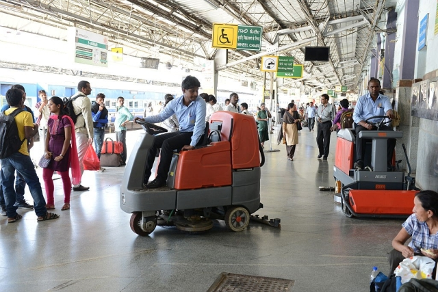 Railways Leads Union Ministries In 'Swachh Bharat' Campaign For 2018-19, Three Cleanest Stations Awarded