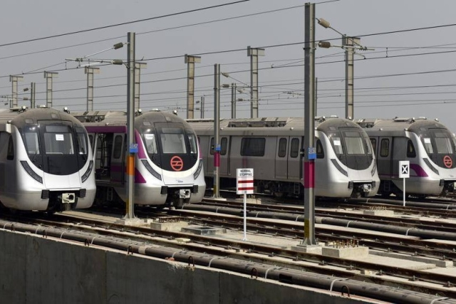 Delhi Metro's Double Delight: Highest Trips In A Day By One Of  The Longest Lines In The World