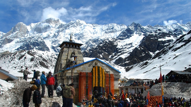 Char Dham Yatra Begins Amidst Chanting Of Vedic Hymns By Scores Of Hindu Pilgrims