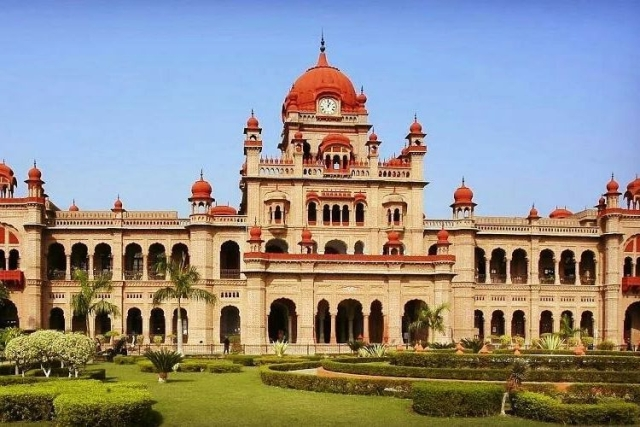 Amritsar's Khalsa College To Begin Second Phase Of Sikh Heritage Digitisation