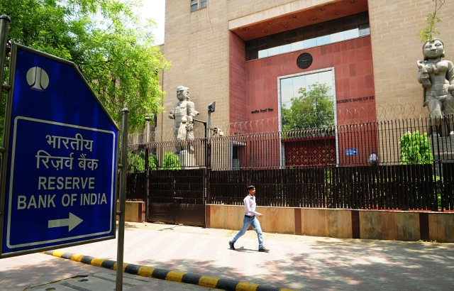 Swadeshi Lobby Is Right To Oppose RBI's Promoter Holding Limits In Banks