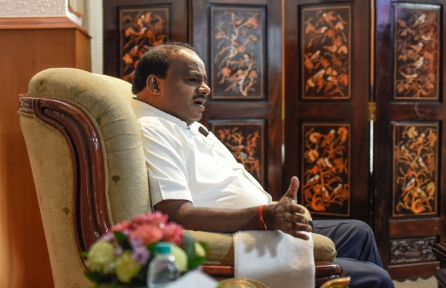Stability Of Karnataka Government Under Doubt: Another Day In Office For Kumaraswamy