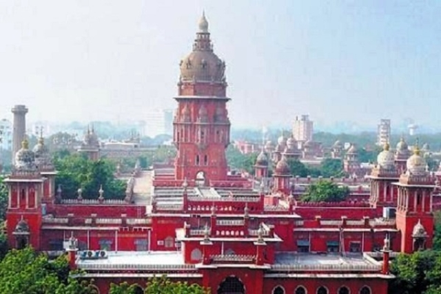 'Let's See Who On Earth Dares To Jump The Orders': Madras HC Warns TN Government Of Contempt In Idol Theft Cases
