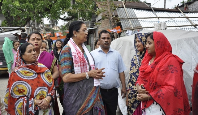 Queen Ojha hits the campaign trail.