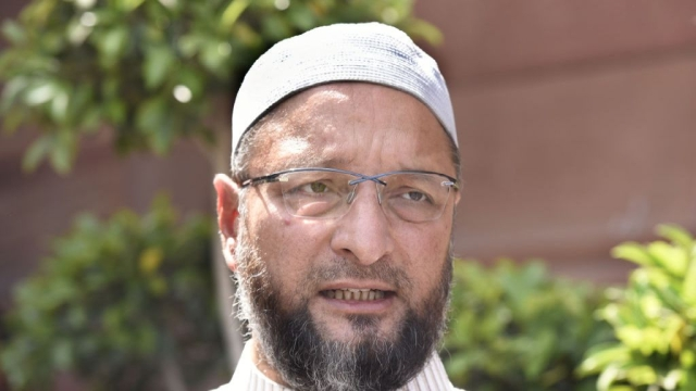'Donated 15 Bottles Of Blood In A Single Day, Personally Ran To the Victim': Remarks Owaisi; Heavily Trolled