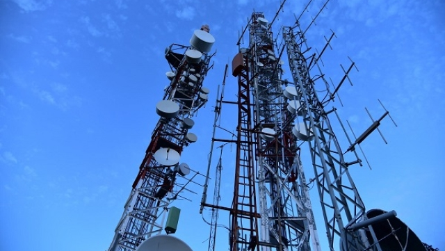 Finance Ministry Unlikely To Give Relief To Telecom Companies To Meet AGR Dues