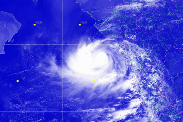 Cyclone Vayu To Make Landfall In Gujarat Tomorrow, IMD Predicts Extremely Heavy Rains In Some Districts