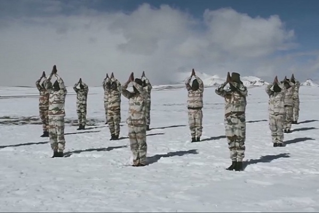 ITBP personnel performing Yoga in North Ladakh (Pic Via @ANI)
