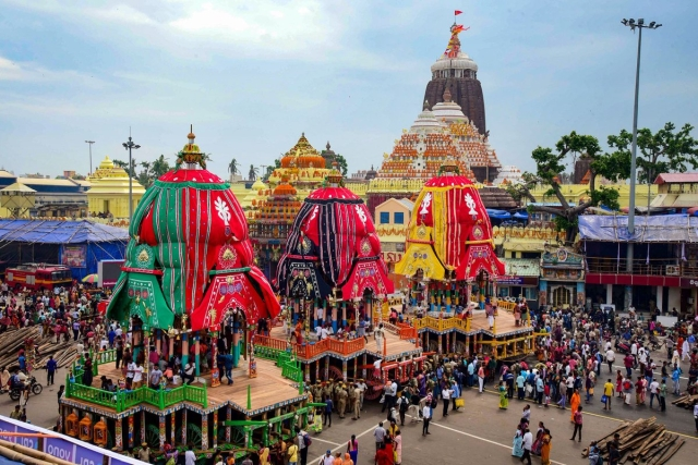 [In Pictures] Devotion Overcomes Devastation As Puri Rises From Cyclone Fani For A Mesmerising Jagannath Yatra
