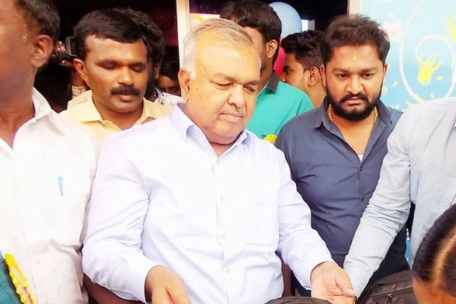 Karnataka: Ahead Of Trust Vote, Congress  MLA Ramalinga Reddy Withdraws Resignation; To Vote In Favour Of The Party
