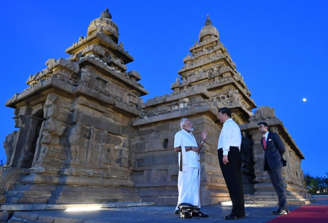 Modi with Xi in Mamallapuram.