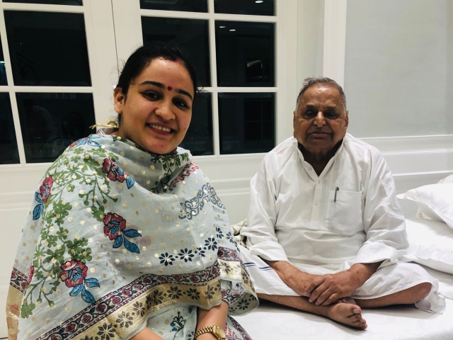 Mulayam Singh's Younger Daughter-In-Law Supports NRC; Embarrasses Akhilesh Yadav By Crossing Party Line