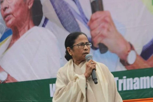 Cracks Emerge? Mamata To Skip Opposition Meet On CAA Called By Sonia Gandhi; BSP May Follow Suit
