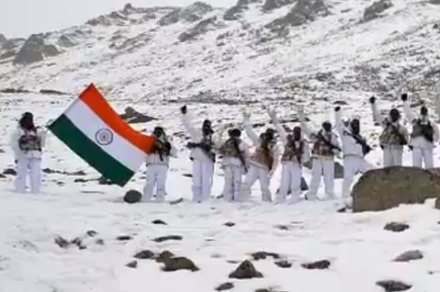 Watch: Indo-Tibetan Border Police Celebrates Republic Day At 17,000 Feet, In Minus 20 Degrees In Ladakh