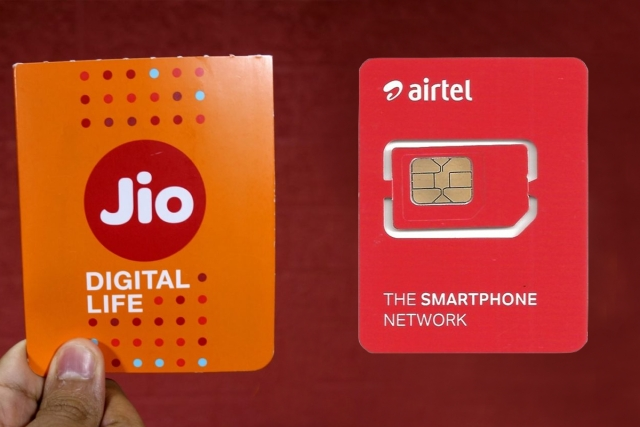 To Prevent A Jio-Airtel Duopoly, Government Should Consider Vodafone Takeover