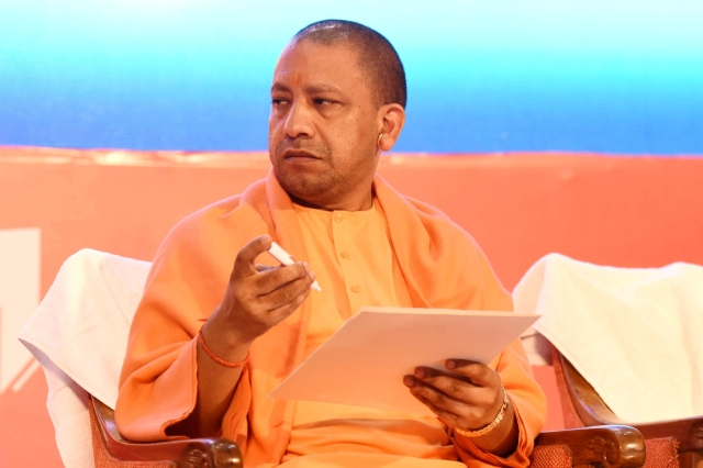 Yogi Adityanath Issues Whip On Corrupt And Unfit Policemen, Those Found Under Performing Will Have To Retire