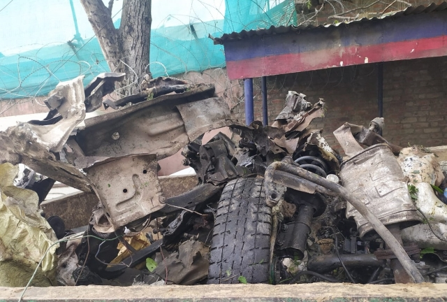 J&K:  Pulwama-Like Terror Attack Averted By Security Forces As They Destroy Heavy IED Found In Car