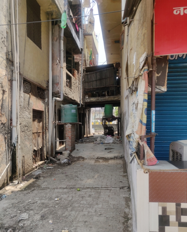 A view of the lane inside which Naina was dragged from the other side of Tulsi Niketan